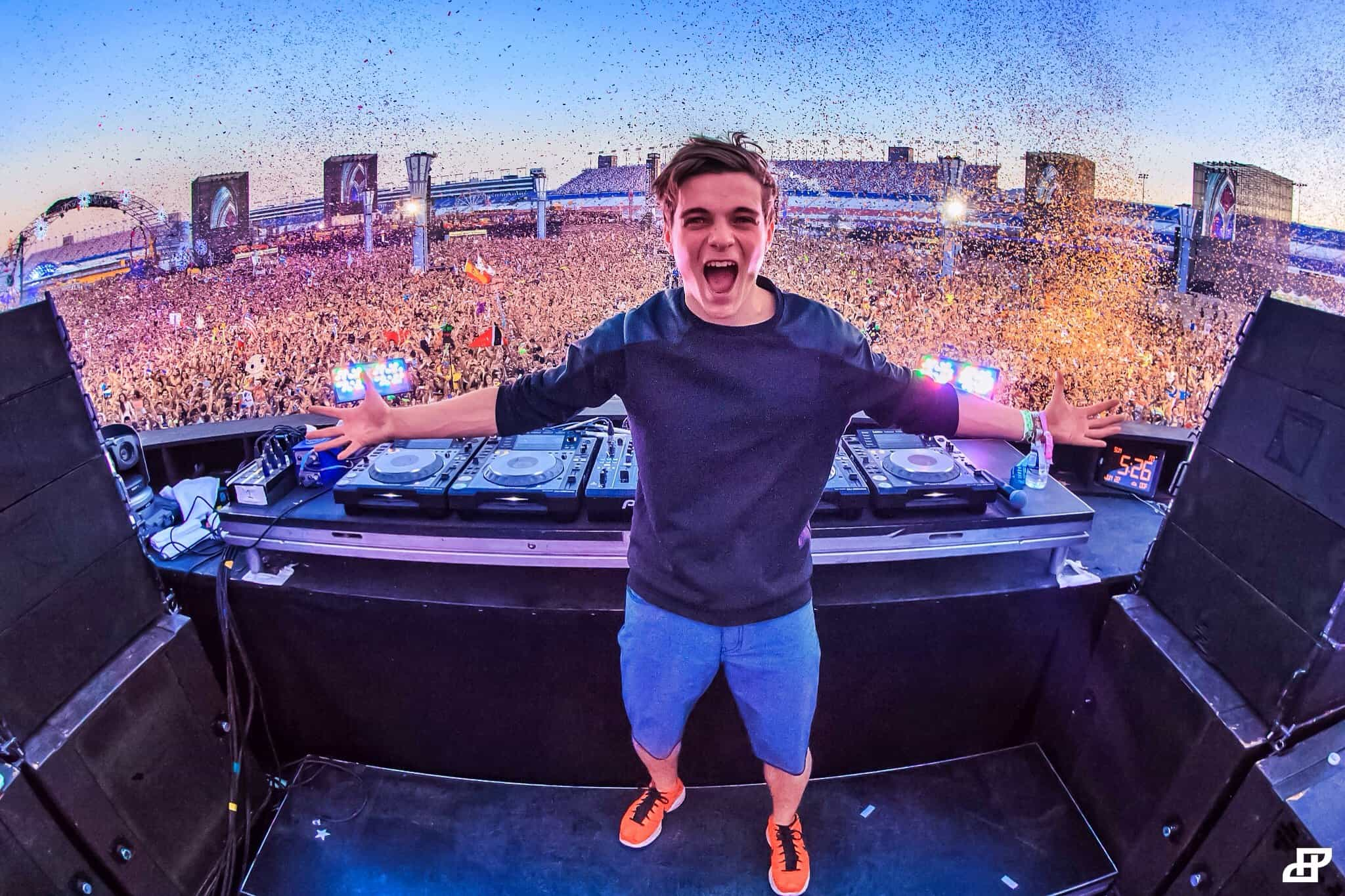 Martin Garrix teams up with David Guetta & Afrojack for two collaborative tracks!