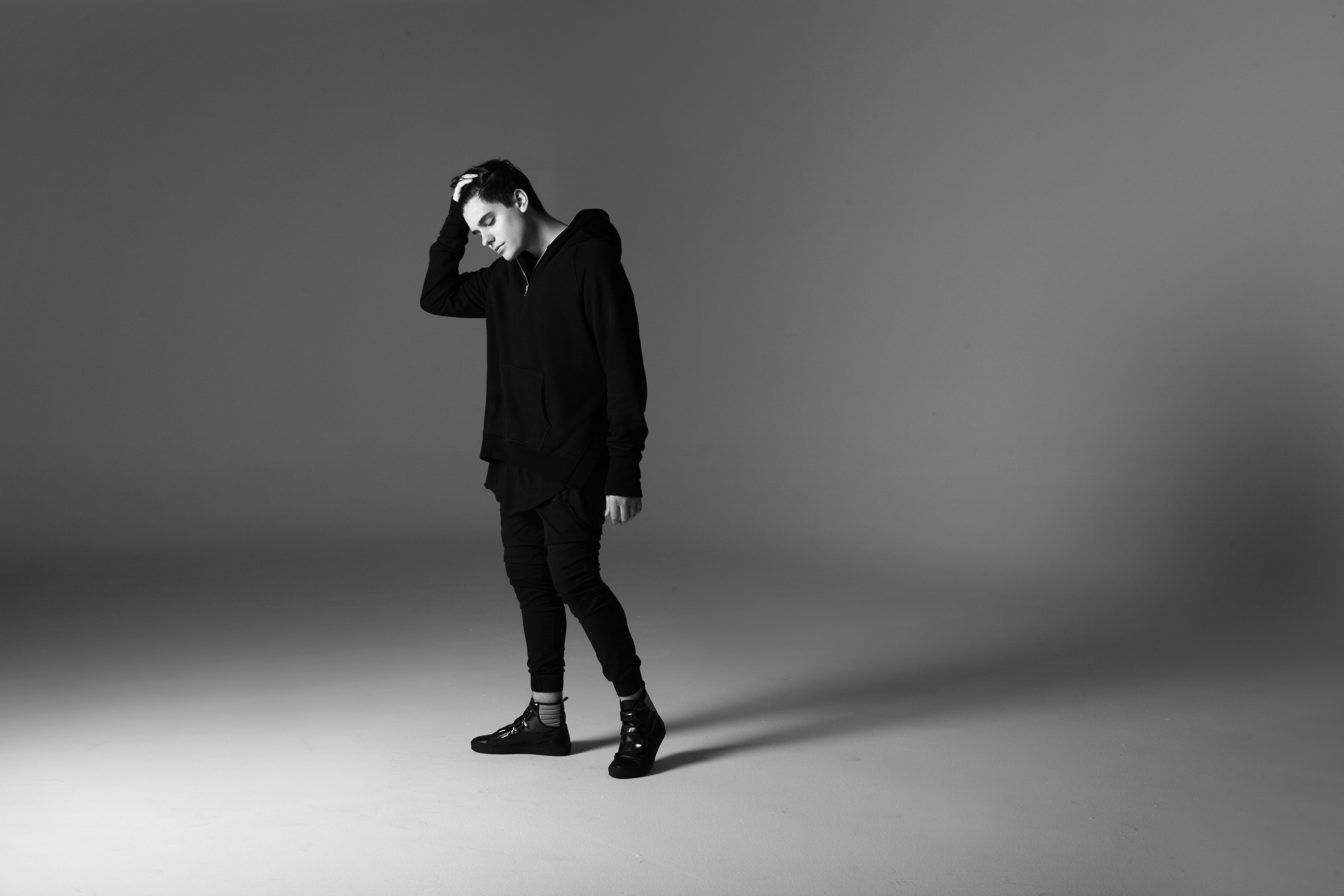 "AUDIEN Releases New Single ""REACH"" ft. Jamie Hartman"