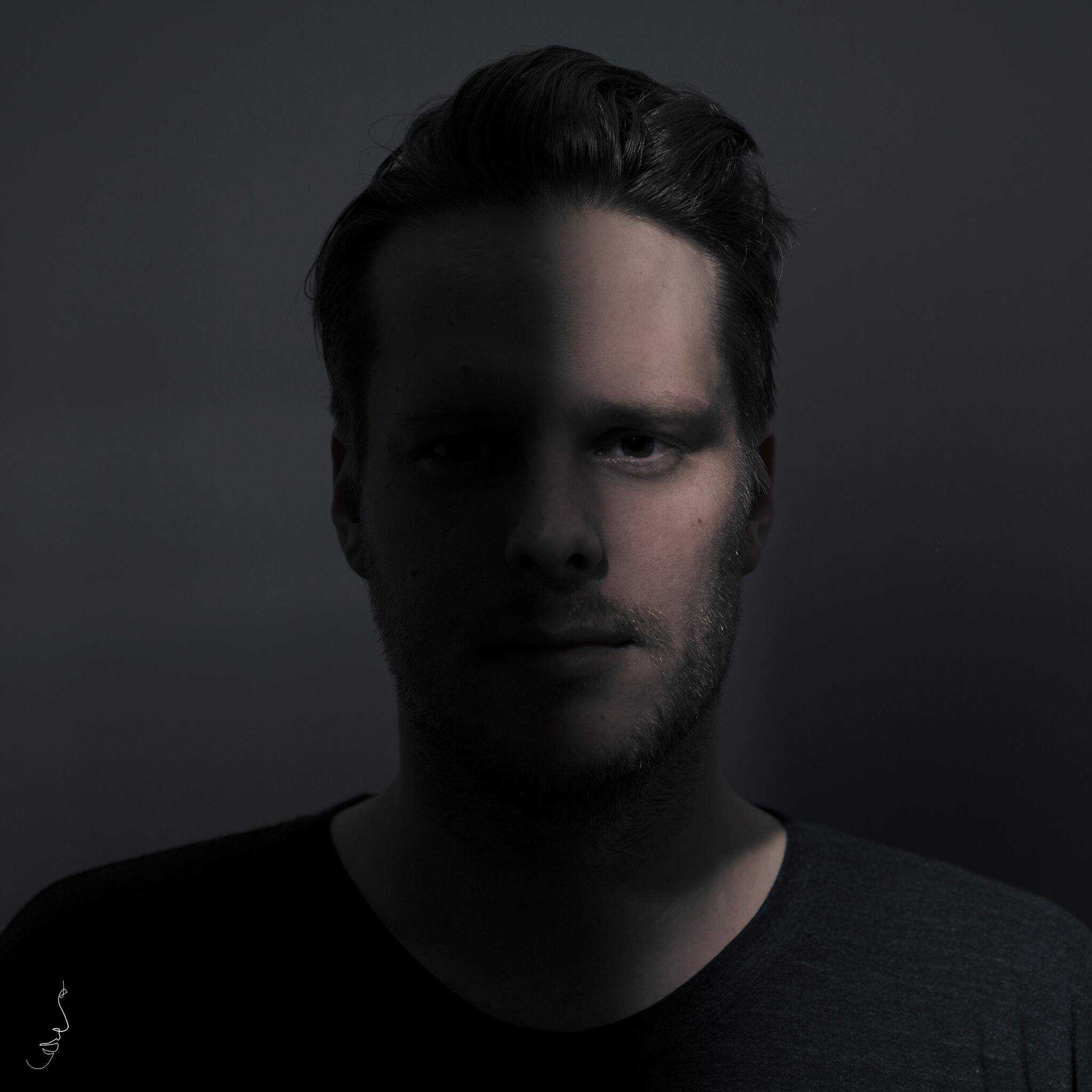 "Fehrplay launches his own label ""Mood Of Mind"" with his Skarven EP"