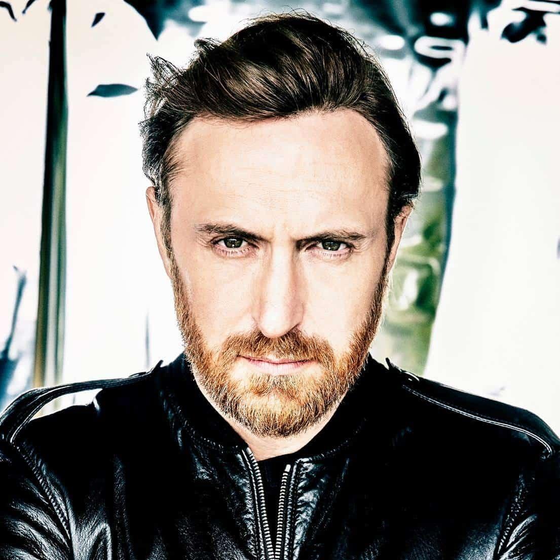 David Guetta feat. Nicki Minaj & Lil Wayne – Light My Body Up [Parlophone/Warner]
