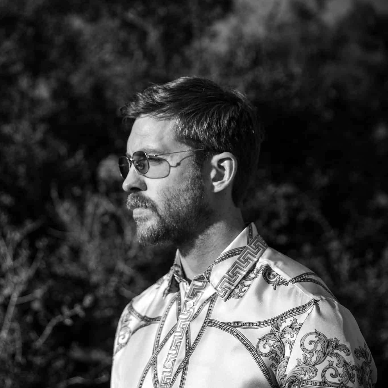 Calvin Harris – Feels (ft. Pharrell Williams, Katy Perry, Big Sean) [Columbia]