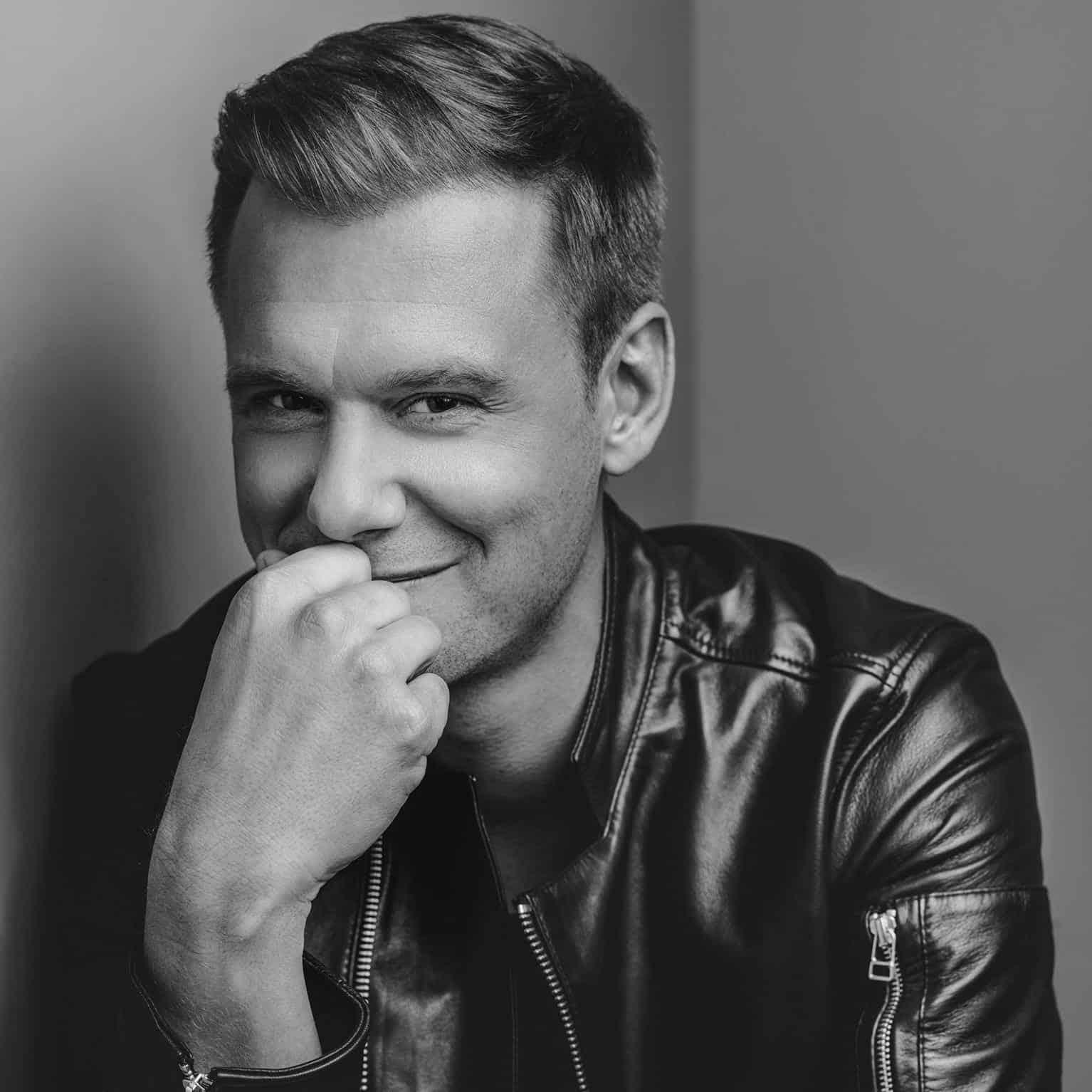 Armin van Buuren Releases A State Of Trance Classics, Vol. 12