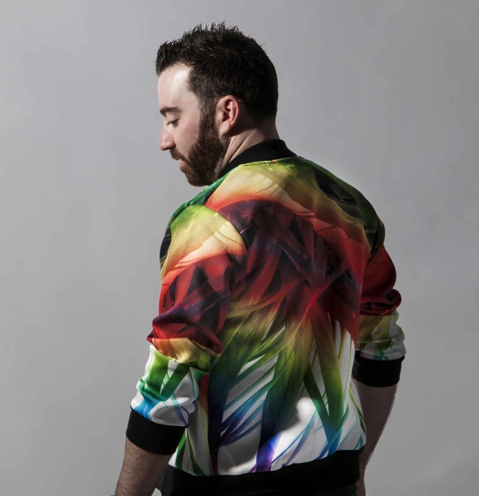 """Ryan Riback remixes Marnik's """"Burn"""" on Astralwerks"""