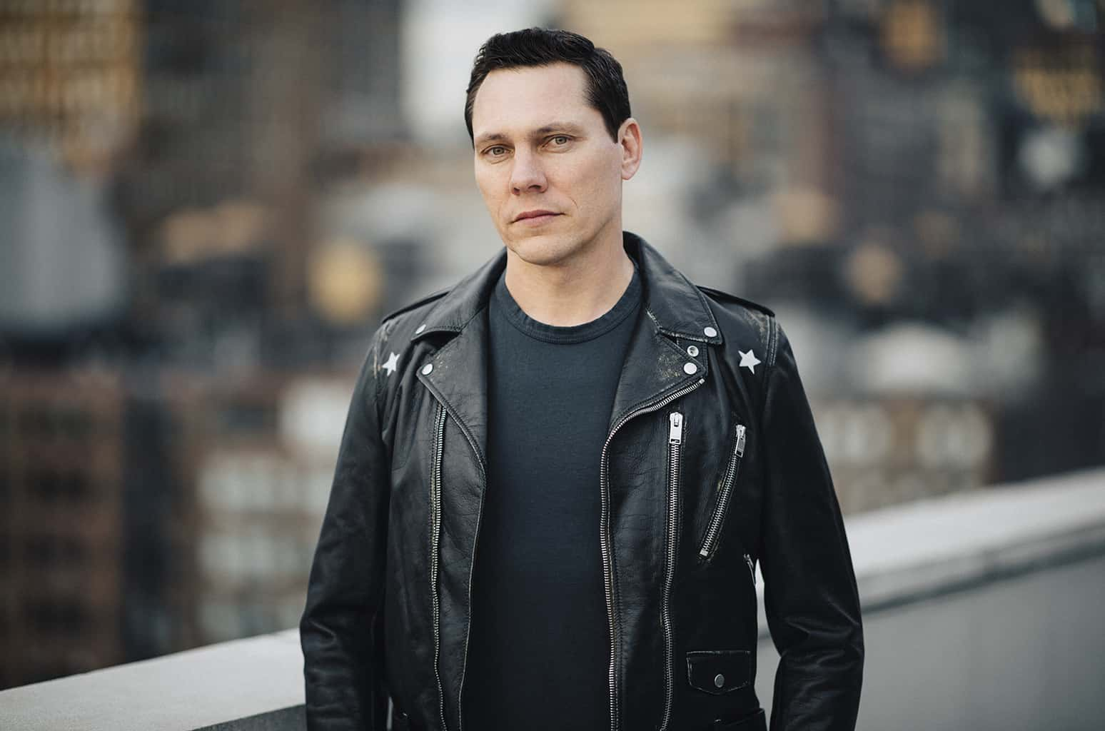 Tiësto feat. StarGate & Aloe Blacc – Carry You [Musical Freedom/Spinnin]